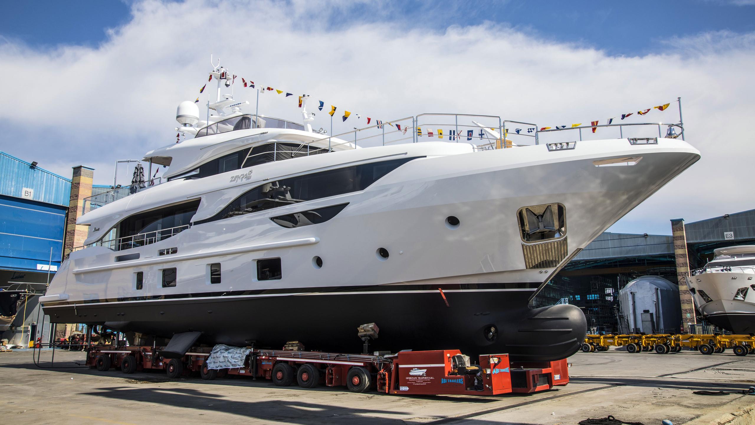 zehra motoryacht benetti yachts 29m 2018 launch half profile