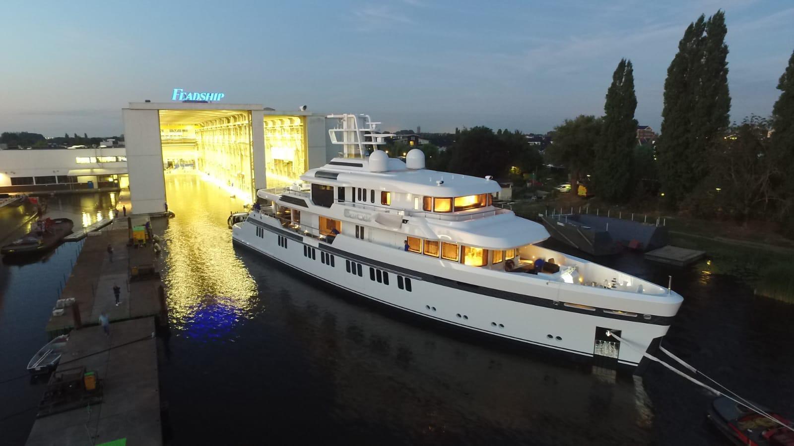 hull 701 motoryacht feadship 51m 2018 launch half profile