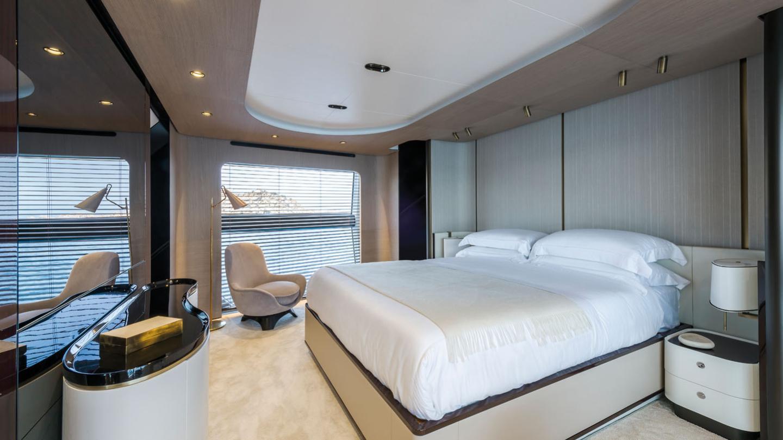 Grande 27 Metri motoryacht azimut yachts 27m 2018 master sistership