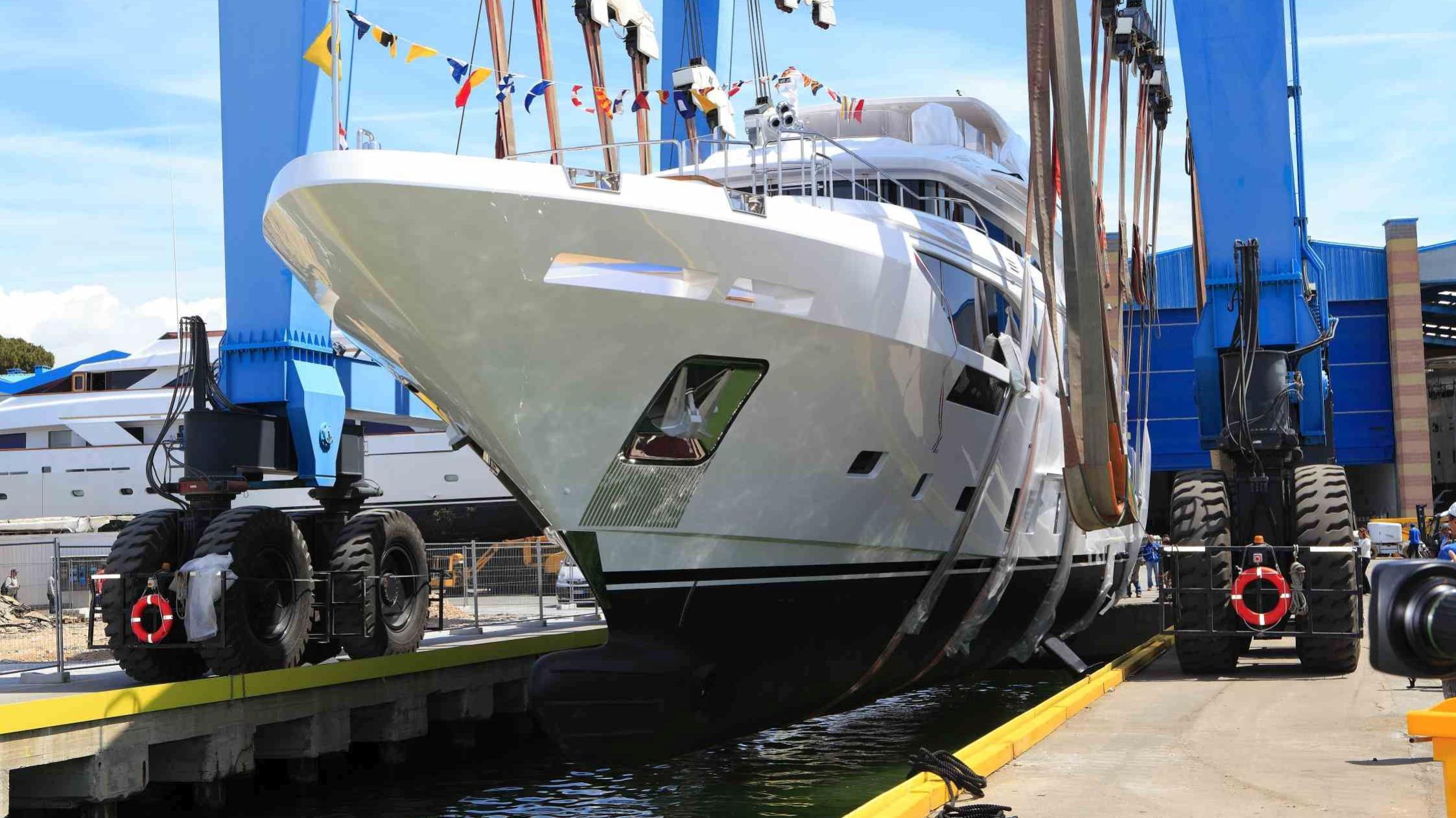 good day motoryacht benetti 35m 2019 bow launch