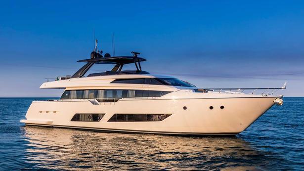Ferretti 850 motoryacht Ferretti 26m 2019 side profile sistership