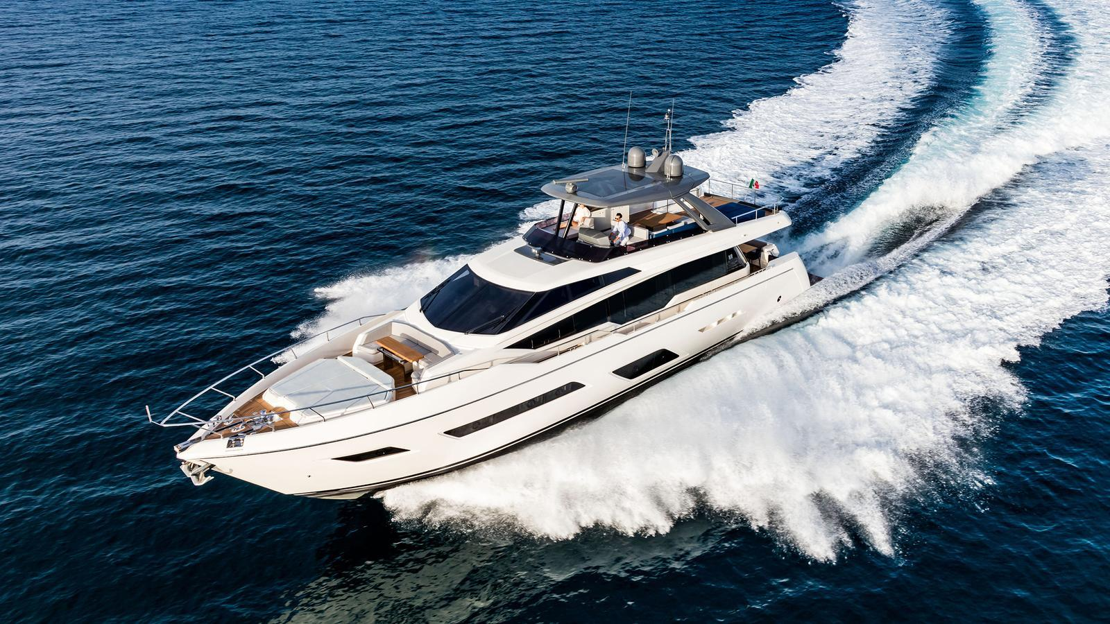 Ferretti 780 motoryacht Ferretti 24m 2018 running shot sistership