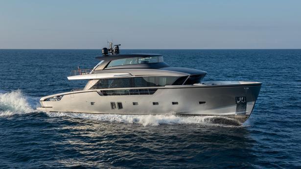 SX88 motoryacht sanlorenzo 27m 2019 side profile sistership