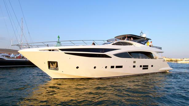 Amer Cento Quad motoryacht Permare 30m 2020 side profile sistership