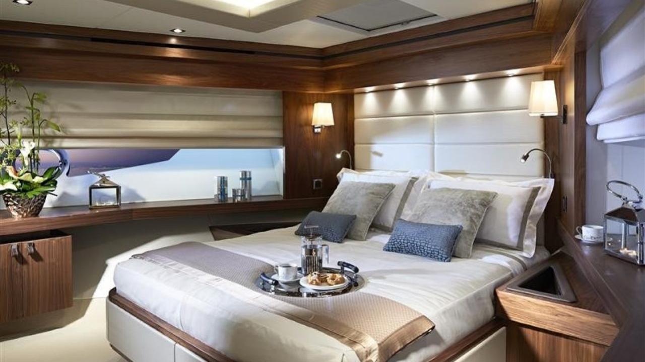 Sunseeker 86 motoryacht Sunseeker 26m 2019 master sistership