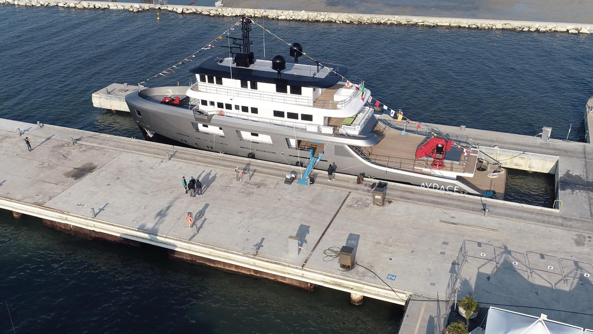 audace k42 motoryacht cantiere delle marche 42m 2019 launch half stern
