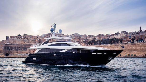 Princess 30M motoryacht Princess 30m 2019 side profile sistership