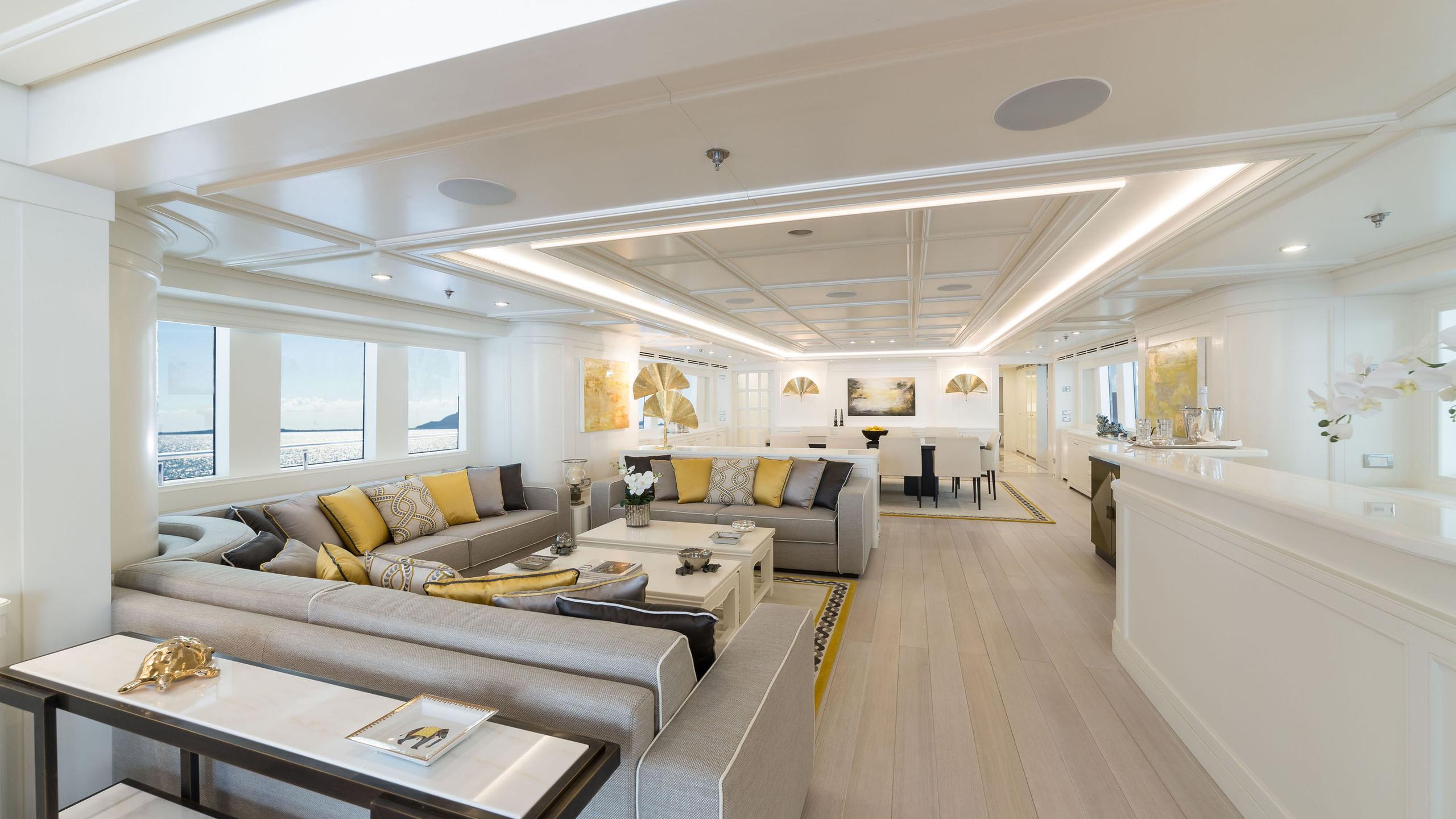 C 122 motoryacht Codecasa 43m 2019 saloon sistership