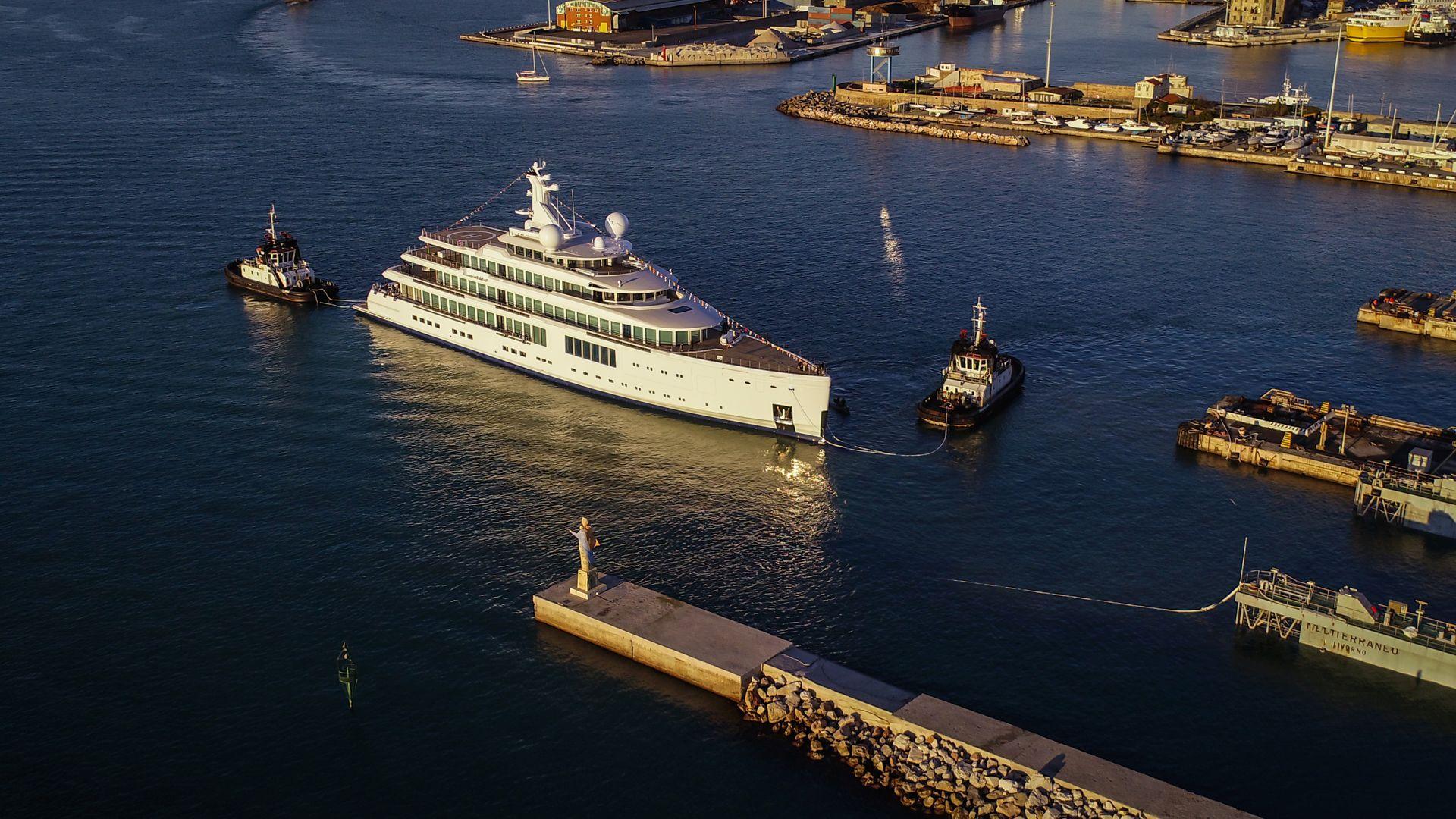 fb272 motoryacht benetti yachts 107m 2019 launch half profile