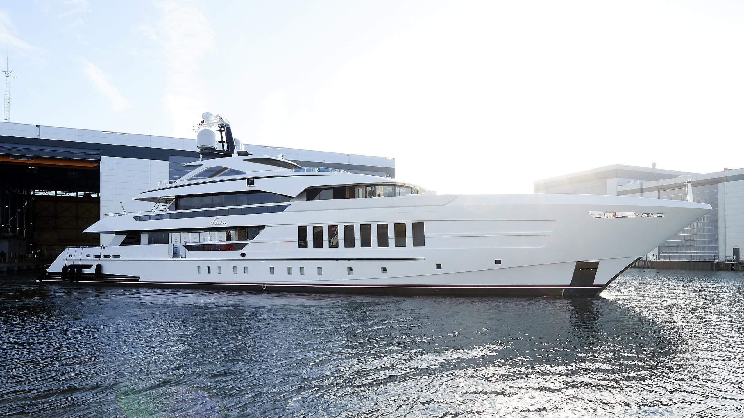 vida motoryacht heesen yachts 55m 2019 launch half profile