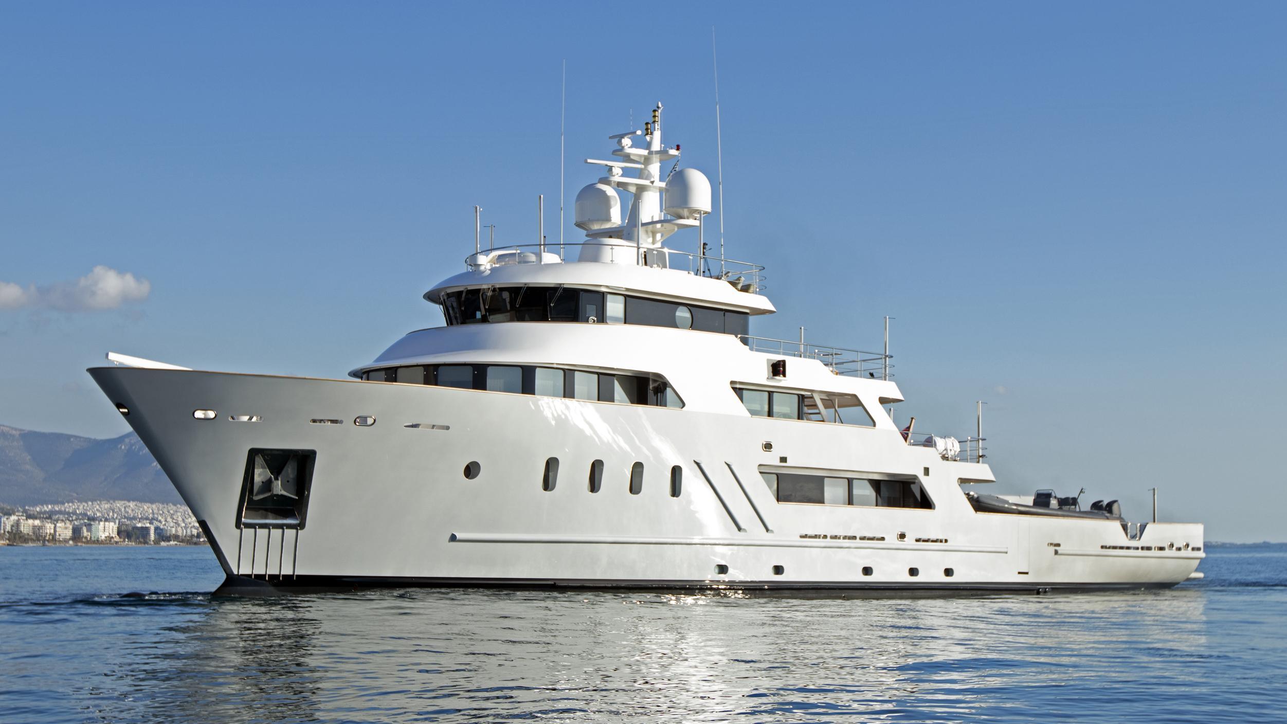 aspire explorer yacht penglai bohai lusben 2006 51m cruising after 2019 refit
