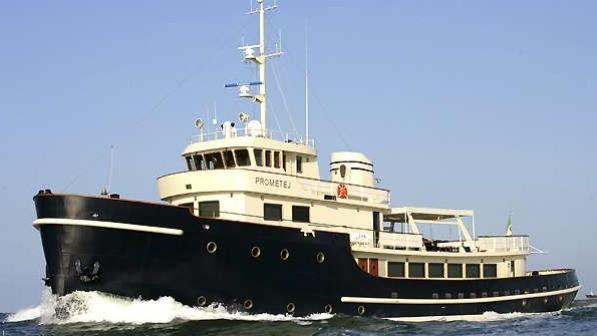 Super yacht Prometej