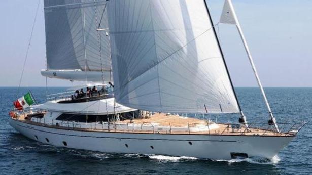 Super Yacht Fivea