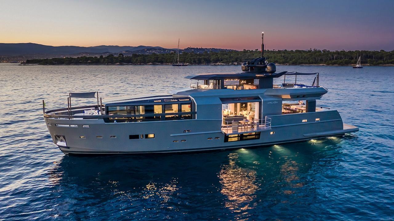 sea coral ii arcadia 105 motoryacht arcadia yachts 31m 2019
